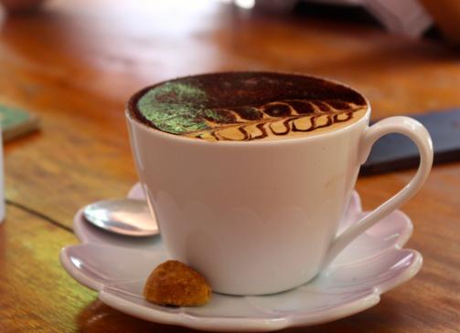 Pretty cappuccino cuppa.